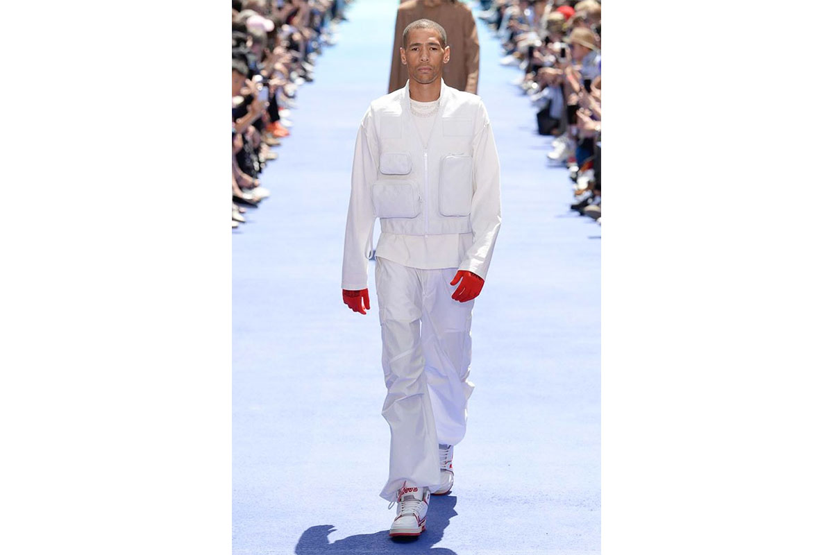 _0005_https---hypebeast.com-image-2018-06-louis-vuitton-spring-summer-2019-show-paris-fashion-week-17