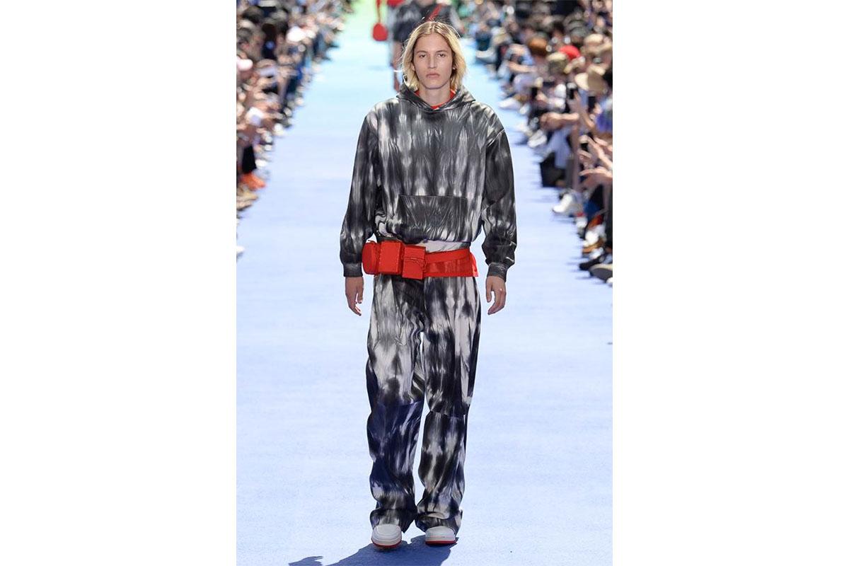 _0008_https---hypebeast.com-image-2018-06-louis-vuitton-spring-summer-2019-show-paris-fashion-week-31
