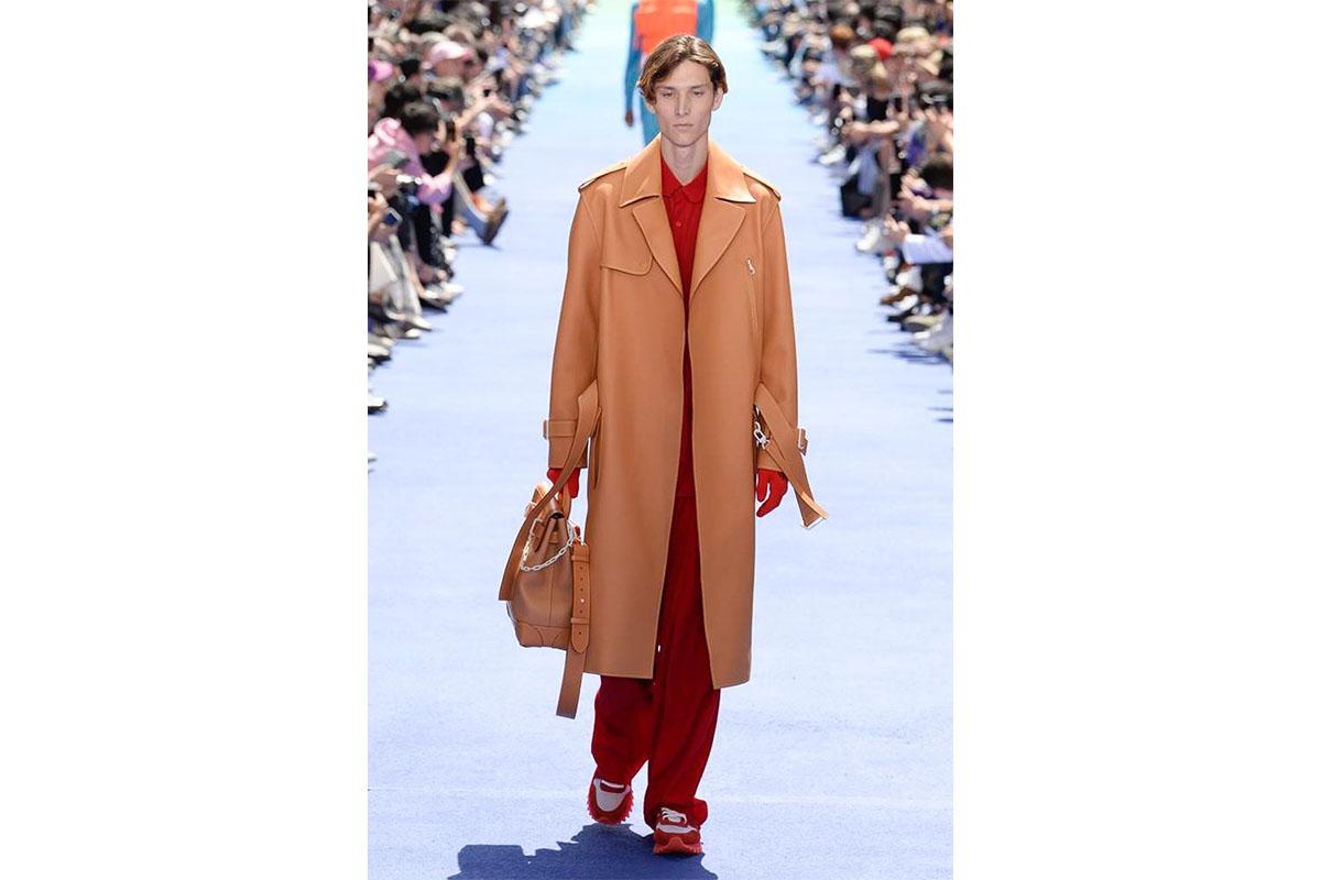 _0011_https---hypebeast.com-image-2018-06-louis-vuitton-spring-summer-2019-show-paris-fashion-week-37