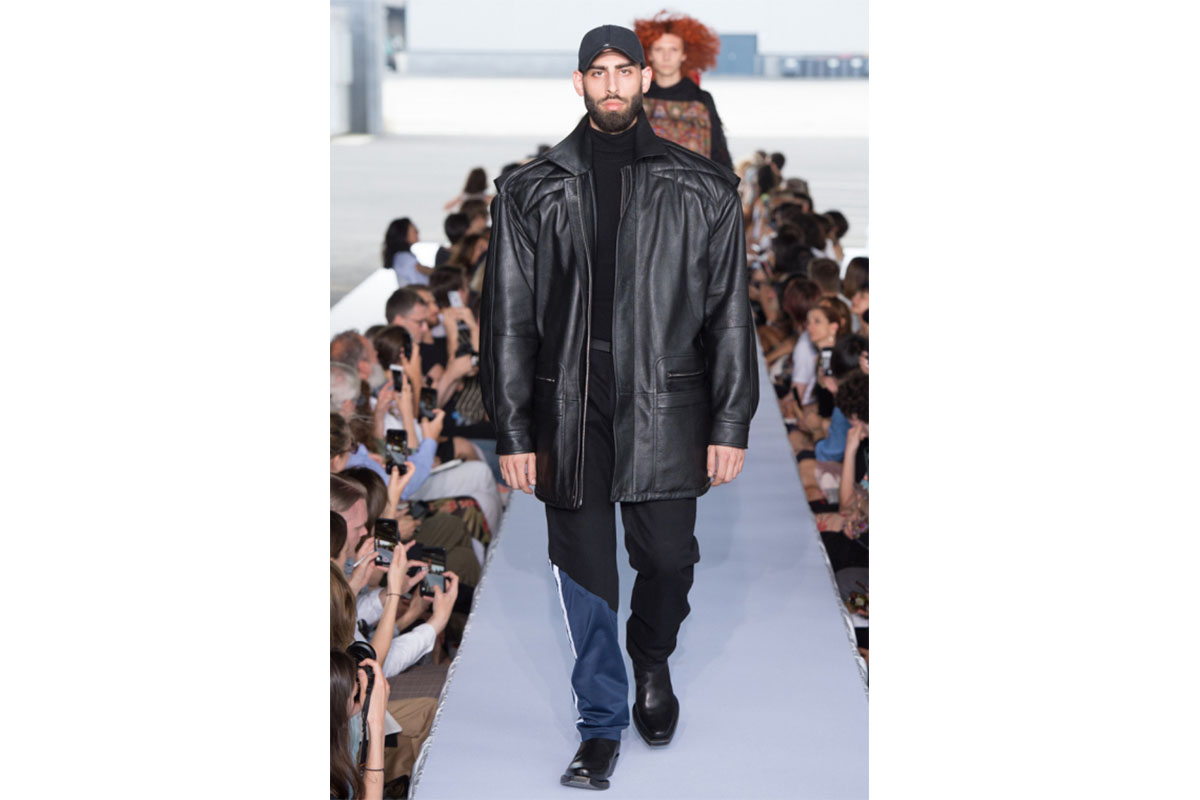 _0001_vetements-ss2019-collection-31