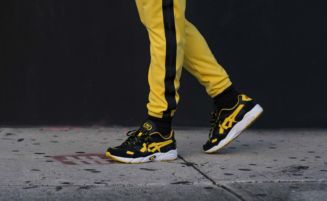 asics-gel-diablo-welcome-to-the-dojo-black-yellow-4