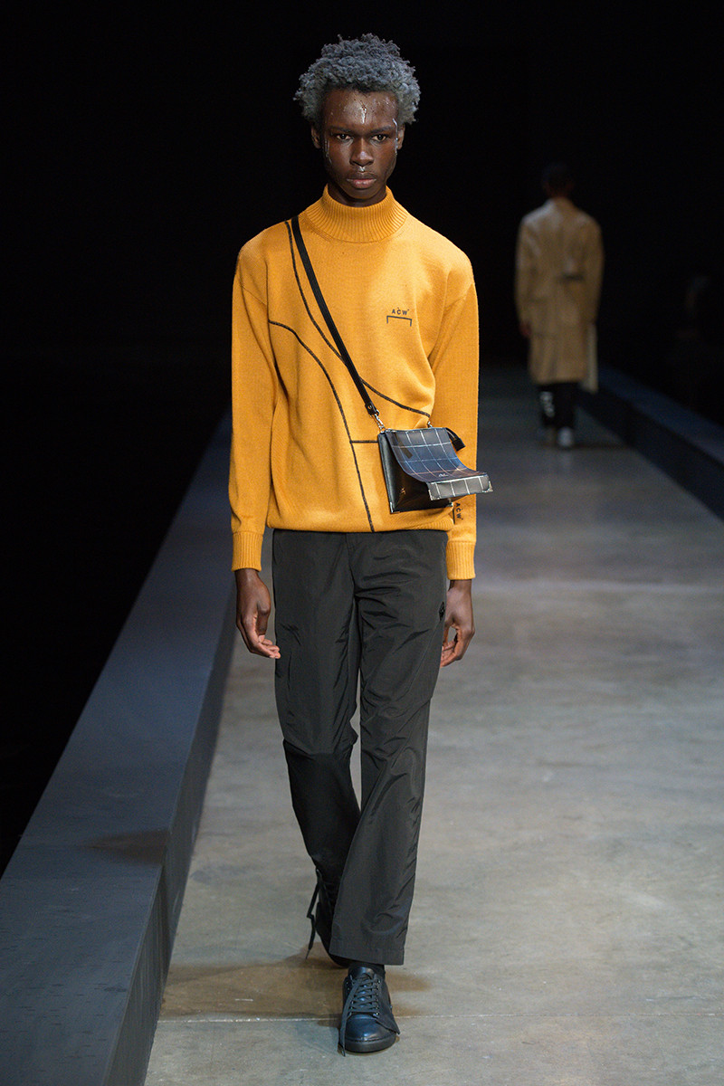 https---a-cold-wall-ss19-dtf-magazine.com-image-2019-01-a-cold-wall-fw19-lfwm-runway-presentation-016