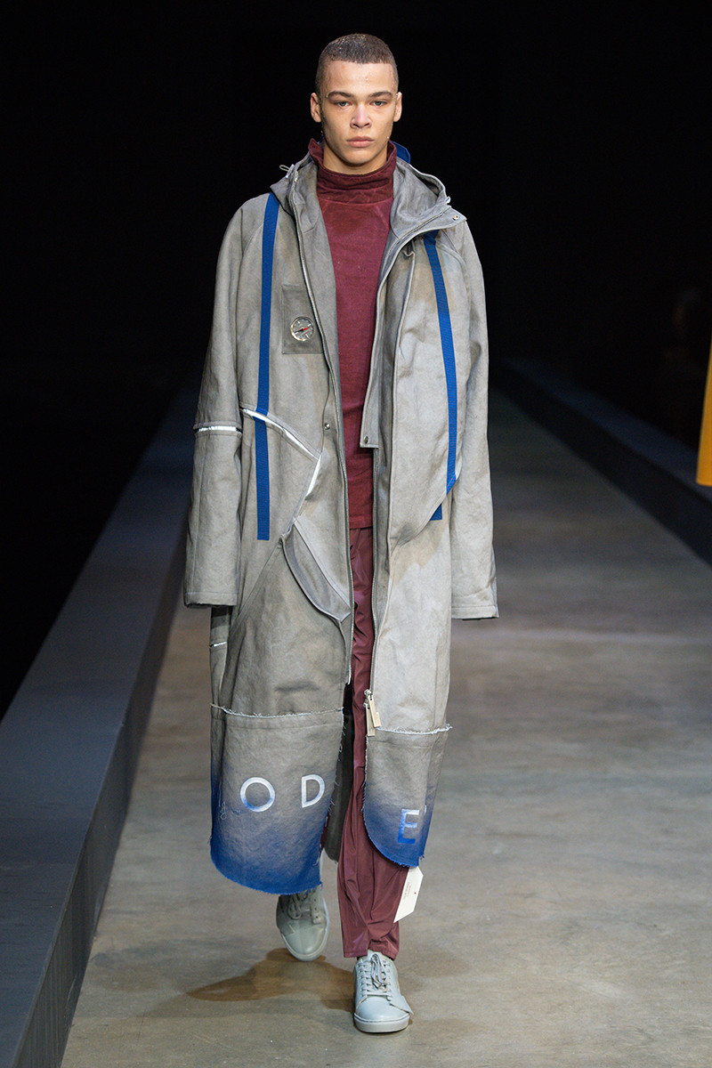 https---a-cold-wall-ss19-dtf-magazine.com-image-2019-01-a-cold-wall-fw19-lfwm-runway-presentation-018