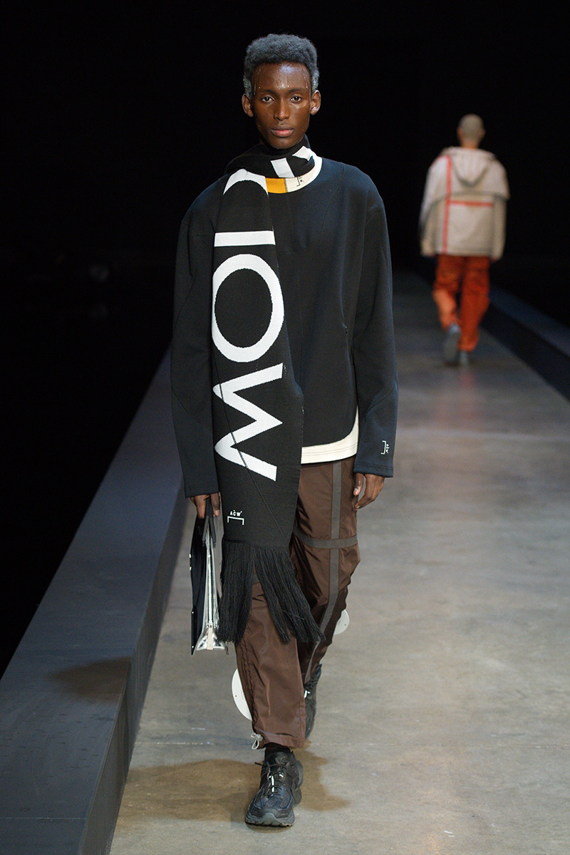 https---a-cold-wall-ss19-dtf-magazine.com-image-2019-01-a-cold-wall-fw19-lfwm-runway-presentation-032