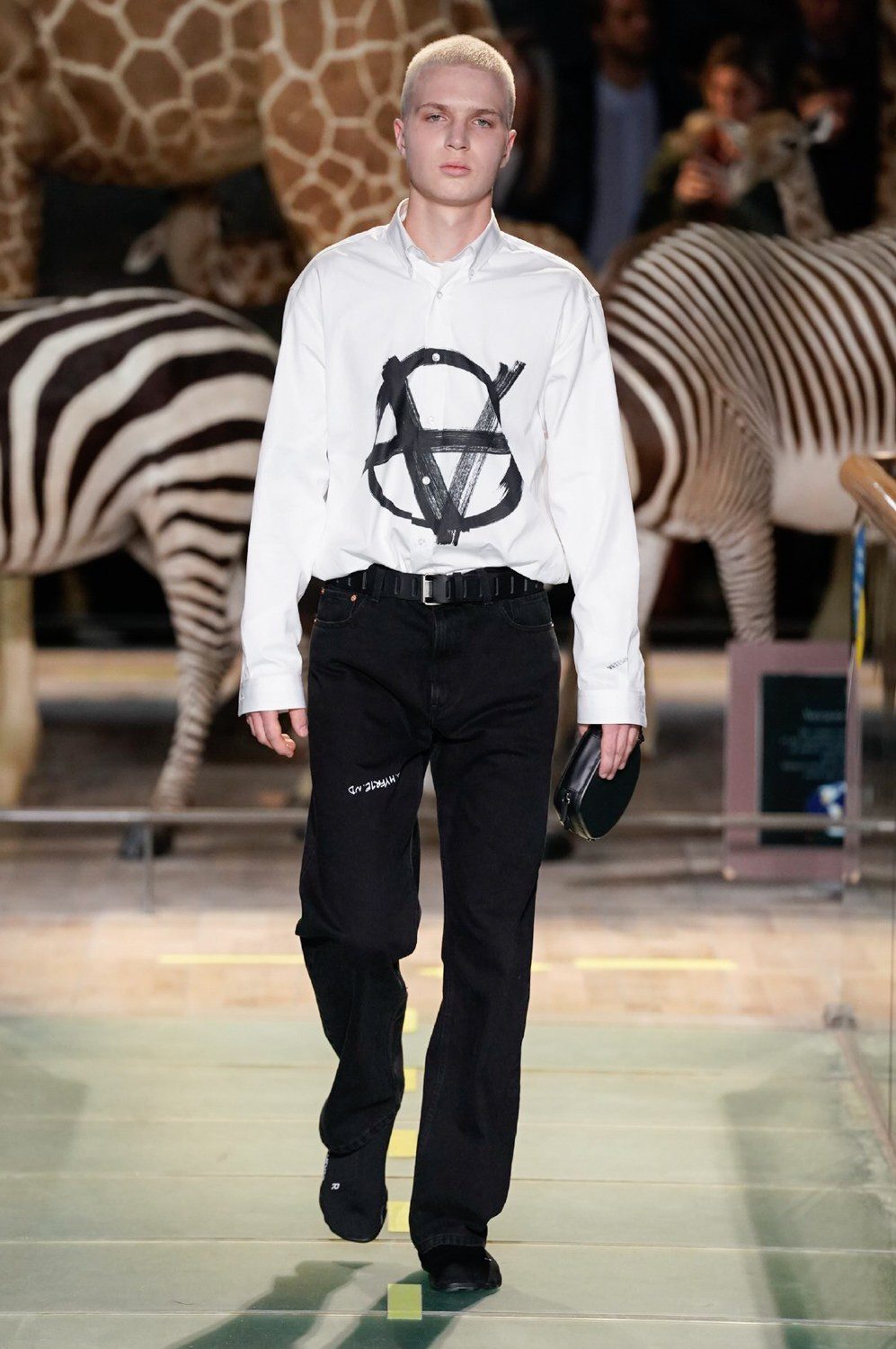 https---vetements-aw19-dtf-magazine.com-image-2019-01-vetements-fall-winter-2019-paris-fashion-week-02
