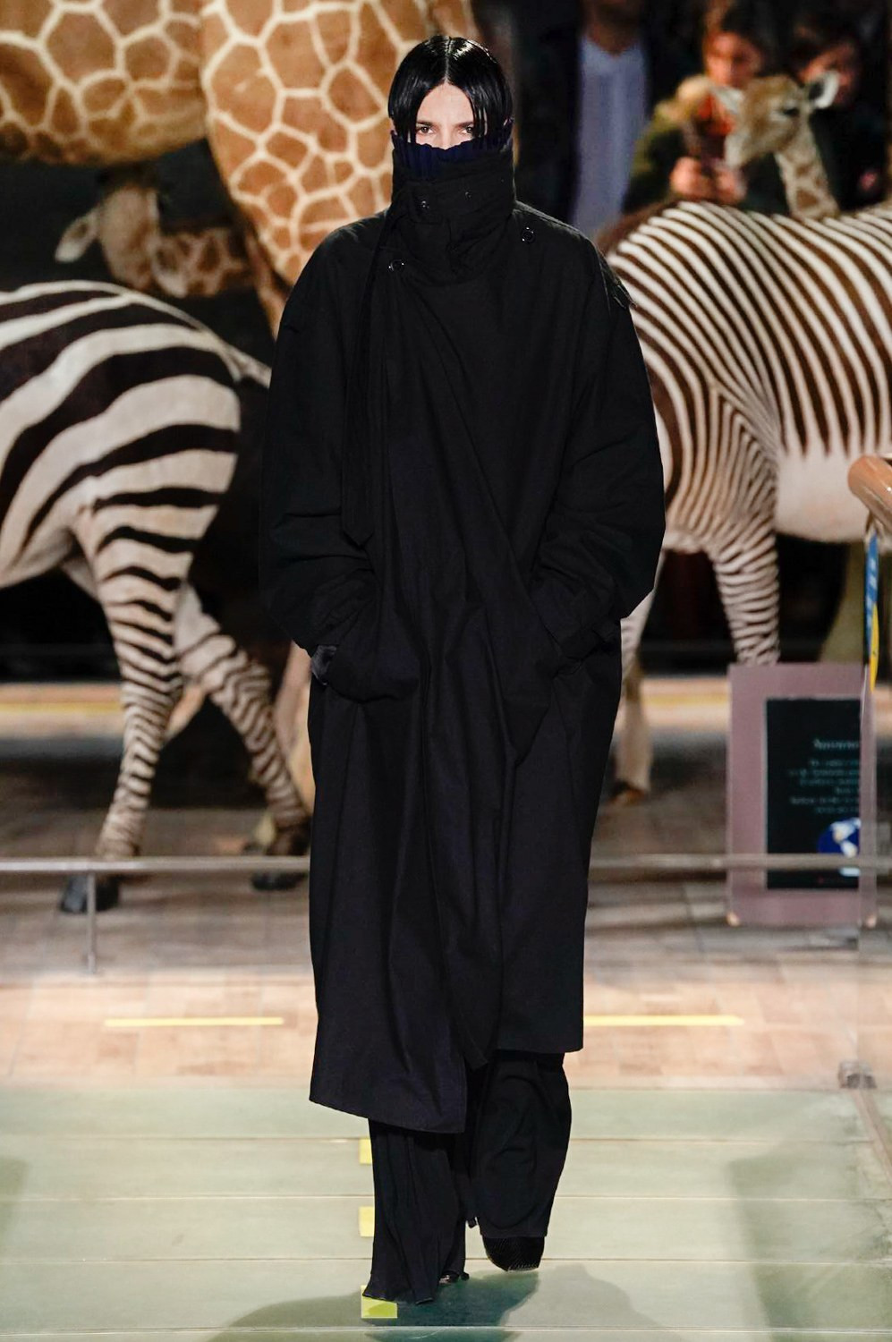 https---vetements-aw19-dtf-magazine.com-image-2019-01-vetements-fall-winter-2019-paris-fashion-week-14