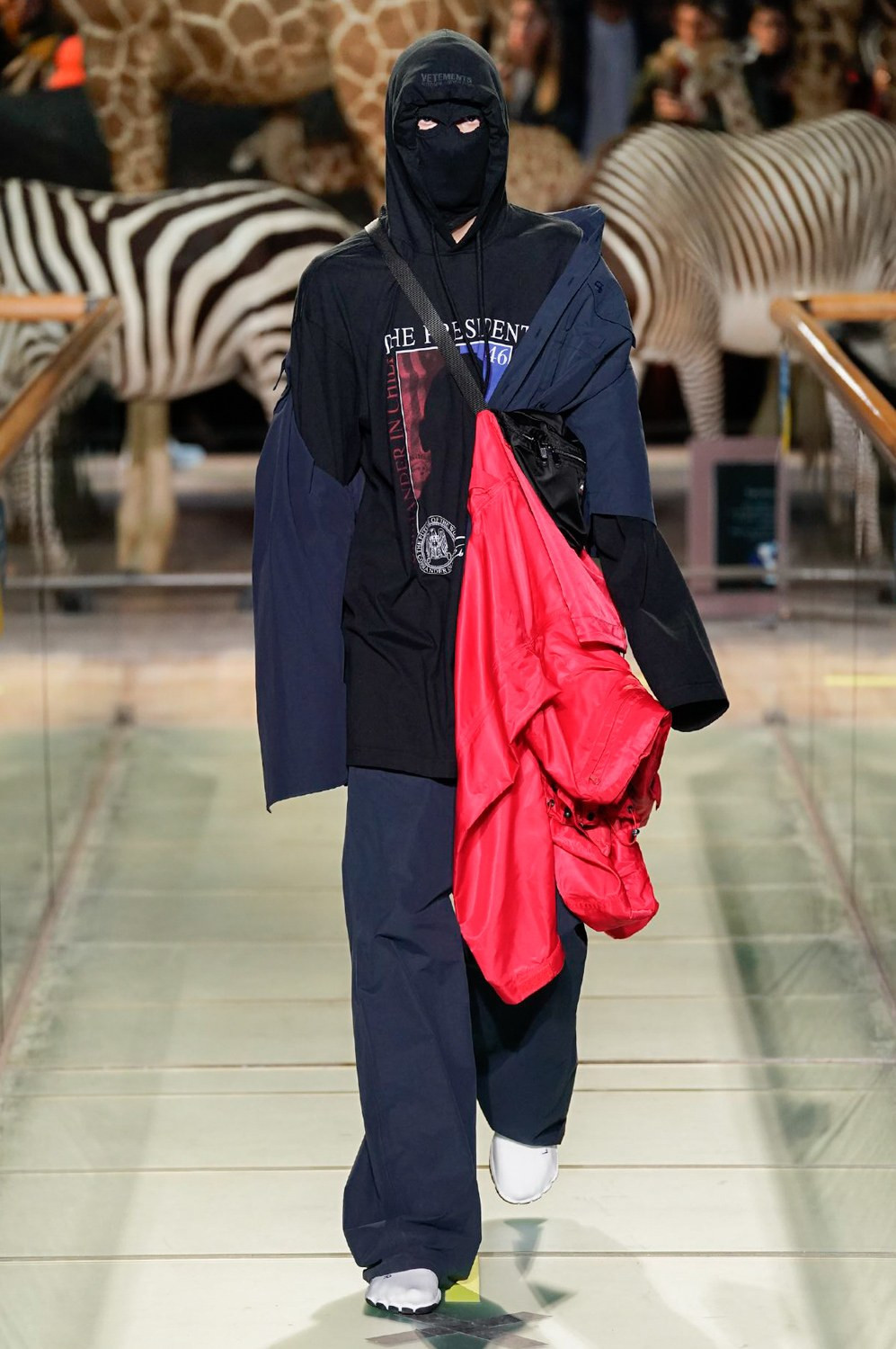 https---vetements-aw19-dtf-magazine.com-image-2019-01-vetements-fall-winter-2019-paris-fashion-week-18