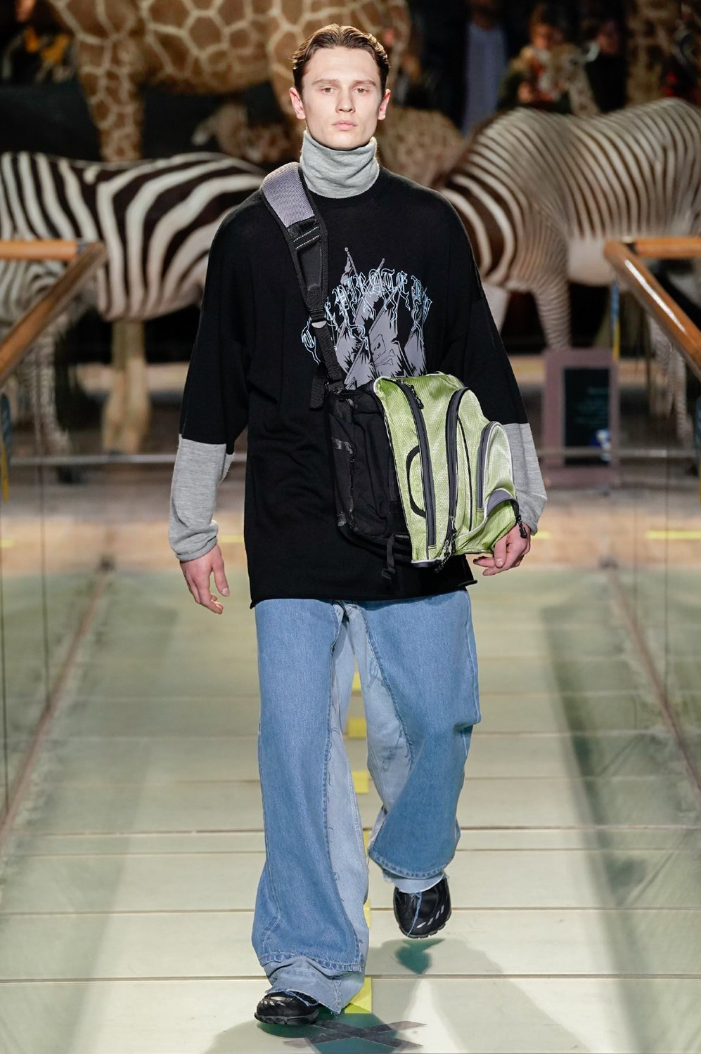 https---vetements-aw19-dtf-magazine.com-image-2019-01-vetements-fall-winter-2019-paris-fashion-week-29