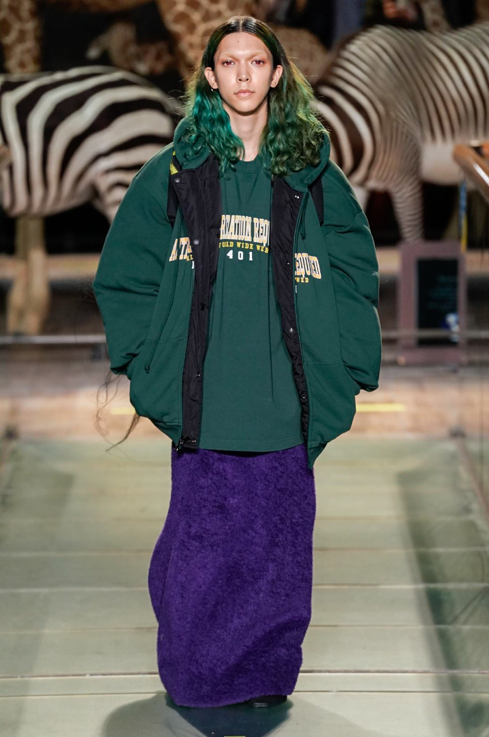 https---vetements-aw19-dtf-magazine.com-image-2019-01-vetements-fall-winter-2019-paris-fashion-week-31