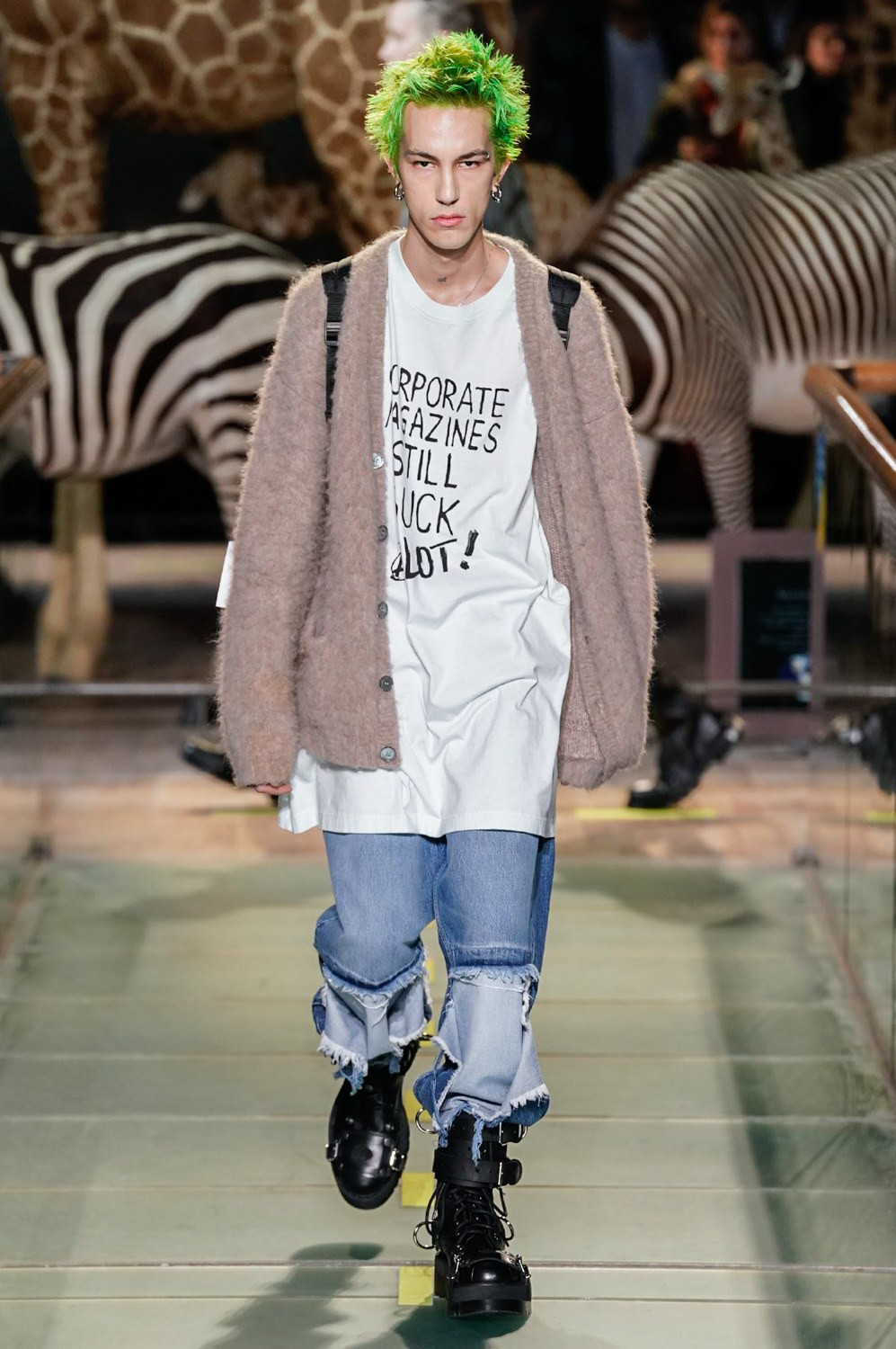 https---vetements-aw19-dtf-magazine.com-image-2019-01-vetements-fall-winter-2019-paris-fashion-week-36