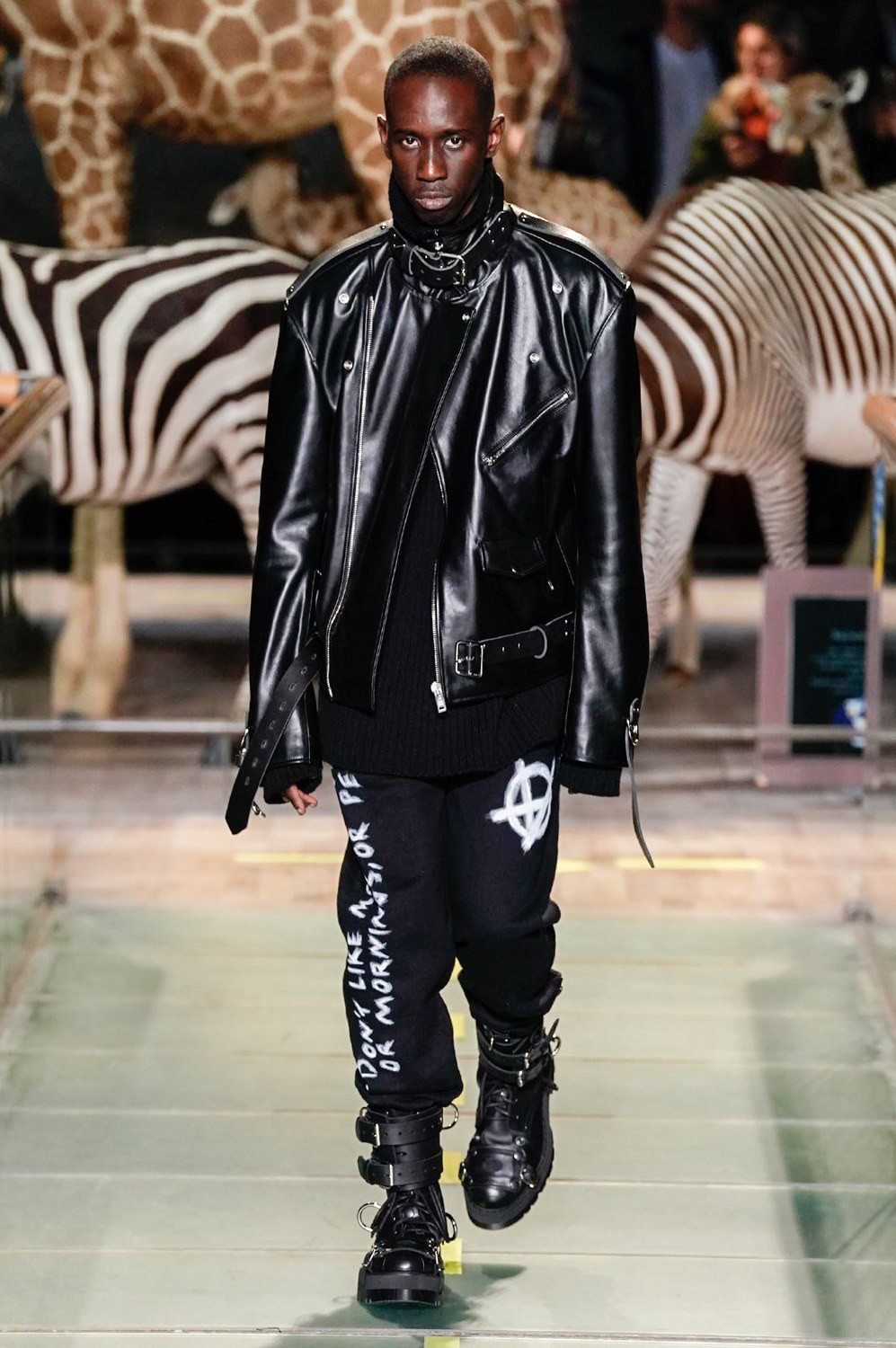https---vetements-aw19-dtf-magazine.com-image-2019-01-vetements-fall-winter-2019-paris-fashion-week-42