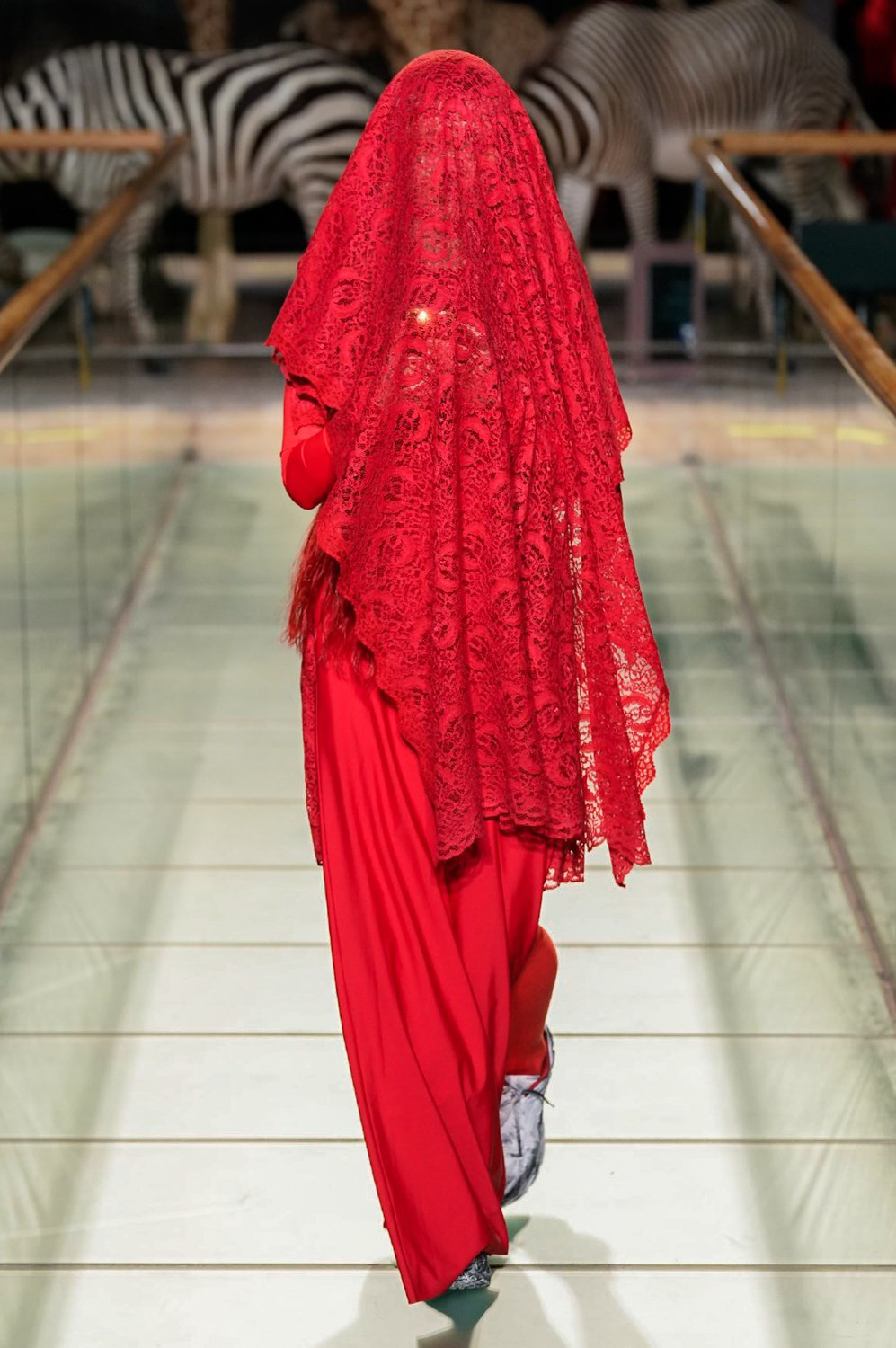 https---vetements-aw19-dtf-magazine.com-image-2019-01-vetements-fall-winter-2019-paris-fashion-week-58