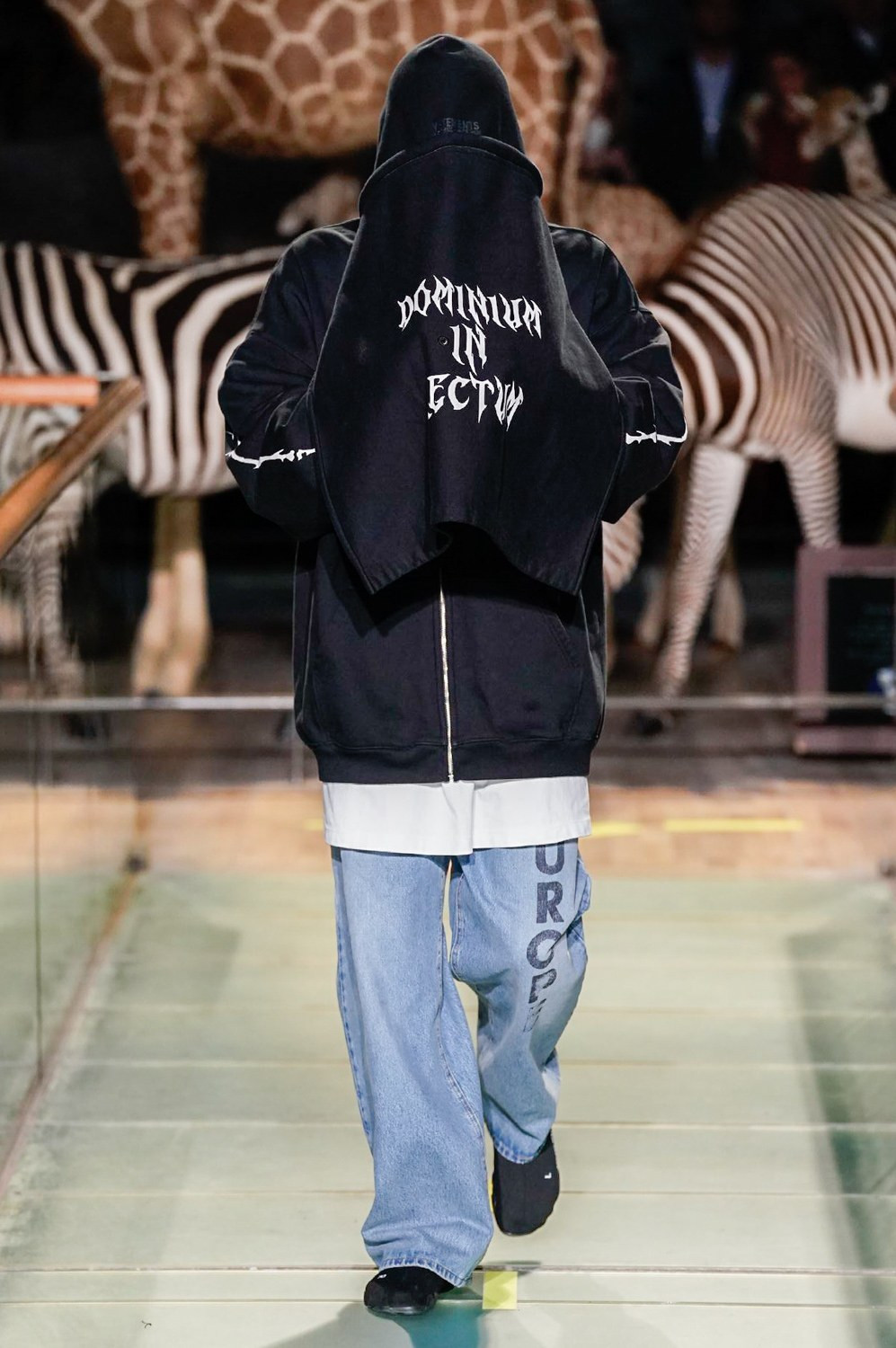 https---vetements-aw19-dtf-magazine.com-image-2019-01-vetements-fall-winter-2019-paris-fashion-week-61