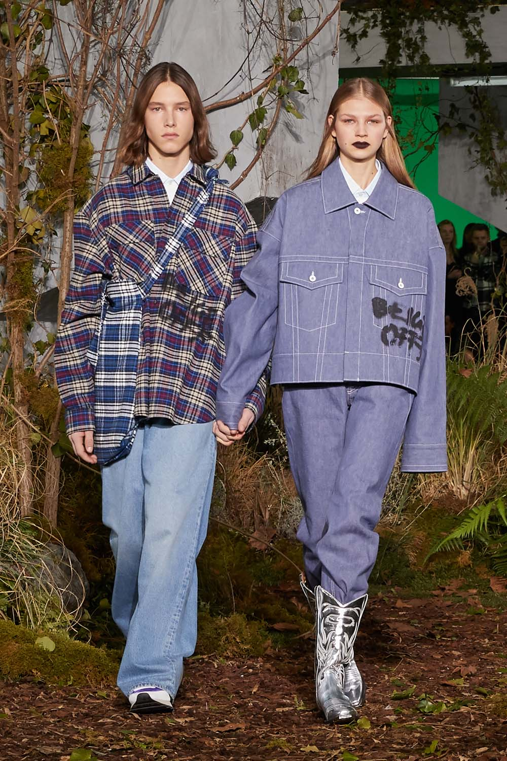 off-white-fall-winter-2019-paris-runway-20