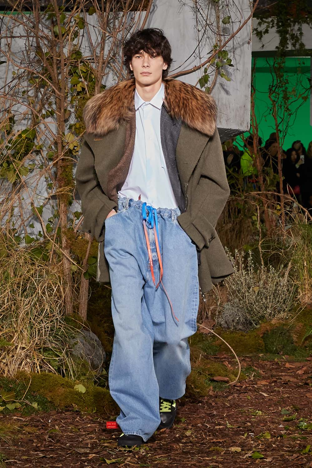 off-white-fall-winter-2019-paris-runway-25
