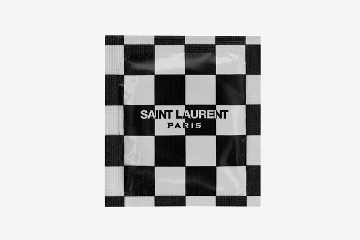 saint-laurent-condoms-the-love-affair-02
