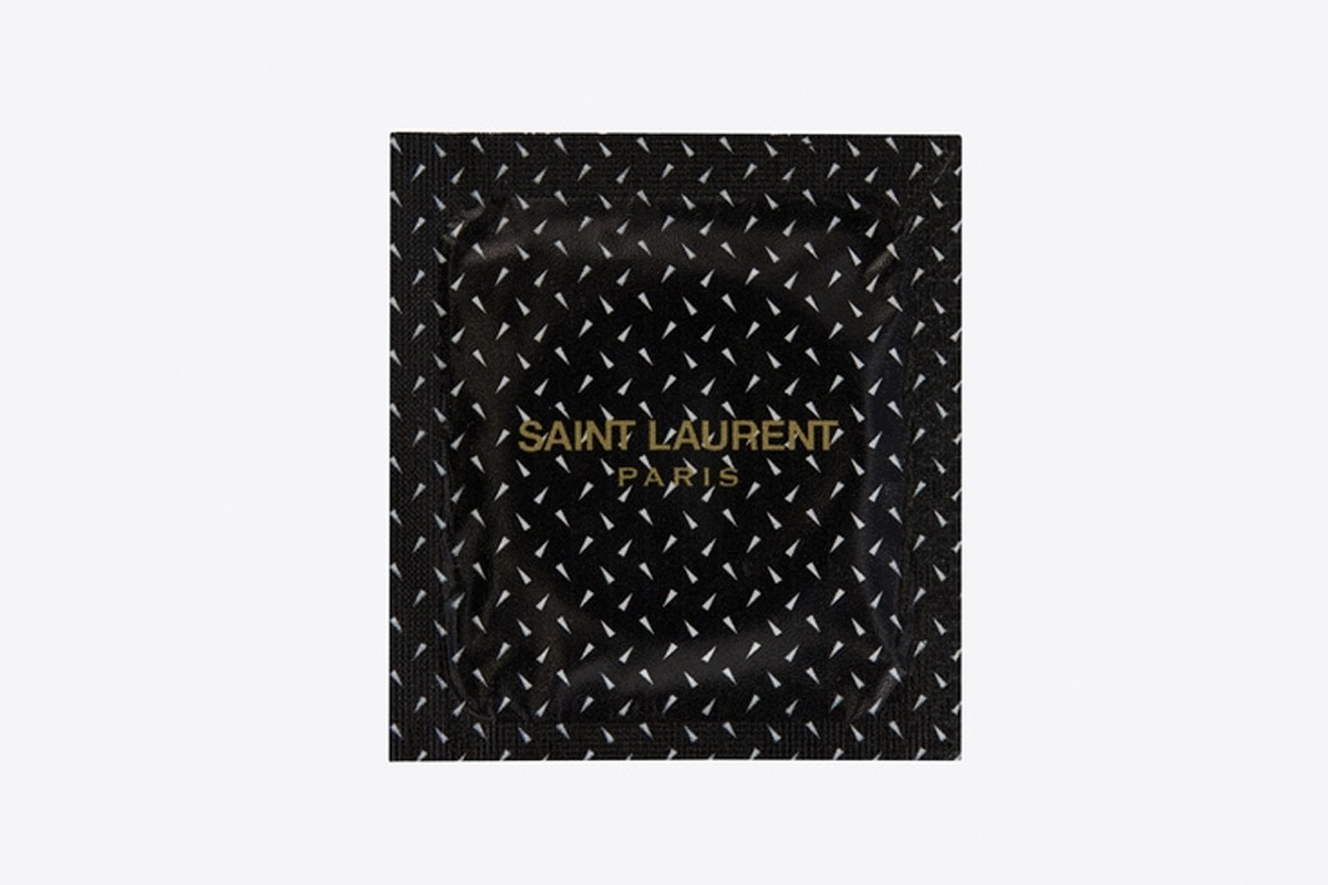 saint-laurent-condoms-the-love-affair-03
